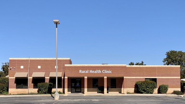 Rural health clinic enhances patient care, experience with practice management, call center tech