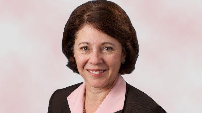 Nancy Pratt headshot