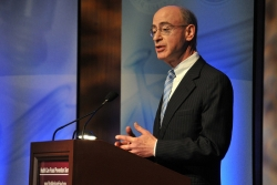 HHS Inspector General Dan Levinson addresses a crowd. Photo: HHS.gov, Rick Biela