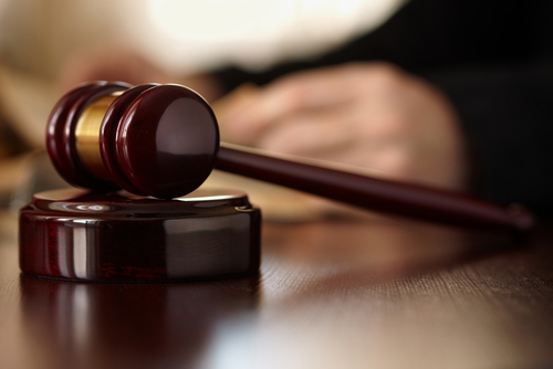 Hospital takes EHR heavyweight to court