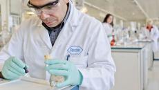 Roche acquires Flatiron Health