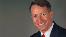 Retired Navy Commander Kirk Lippold speaking at HIMSS Security Forum