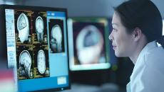 AI and deep learning with GPU chips help doctors review medical records and images